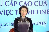Chủ tịch Quốc hội thăm và làm việc tại VietinBank Lào