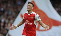 Arsenal giữ chân Oezil bằng hợp đồng 'khủng'