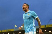 Cầu thủ bị Fellaini đấm gãy răng sắp ký hợp đồng với Man City