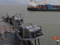 Khu trục hạm USS John S.McCain đến Đà Nẵng 'lợi hại' ra sao?