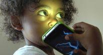 Thói quen của cha mẹ là nguyên nhân khiến trẻ mất đi 70% thị lực mà cha mẹ không ngờ tới