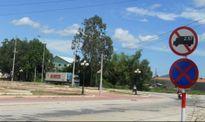 Phù Mỹ (Bình Định): Tận dụng khuôn viên quảng trường để… đỗ xe