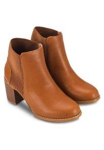 Trở thành fashionista với những mẫu giày bốt nữ thời thượng nhất