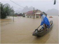 Nhiều nơi ở miền Trung vẫn chưa được cấp điện trở lại