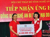 Hội Chữ thập đỏ Nghệ An tiếp nhận quà ủng hộ đồng bào lũ lụt