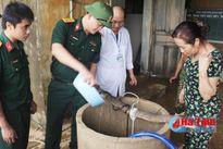 Xử lý gần 10.000 giếng nước sinh hoạt vùng lũ Hương Khê