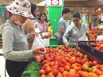 Nhiều siêu thị, chợ vẫn đắt hàng