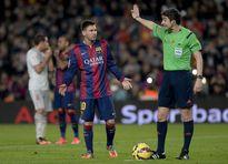 Bóng đá Tây Ban Nha từ xưa đến nay luôn bị chính trị 'gây nhiễu'