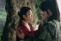 Người tình ánh trăng tập 18: IU sẽ từ hôn để Lee Jun Ki lấy công chúa?