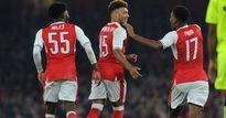 Tỏa sáng, sao Arsenal thách thức đồng đội
