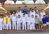 Chàng sinh viên đam mê Taekwondo