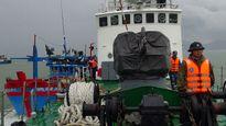 Cứu thành công tàu cá cùng 10 thuyền viên gặp nạn trên biển