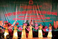 Nhà văn hóa lao động tỉnh Phú Thọ: Giao lưu văn nghệ và tuyên truyền pháp luật tại khu nhà trọ công nhân