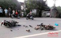 Nghệ An: Hai xe máy đâm nhau, 4 người nhập viện