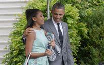 Ông Obama bị con gái 'dìm hàng' trên Snapchat