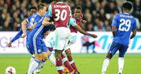 Clip West Ham 2-1 Chelsea: 'Búa tạ' vào tứ kết