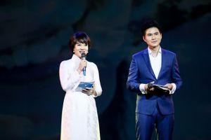 Mỹ Tâm, Hồng Nhung da diết trên sân khấu