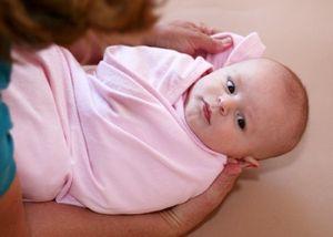 Cách tắm cho trẻ sơ sinh mùa lạnh
