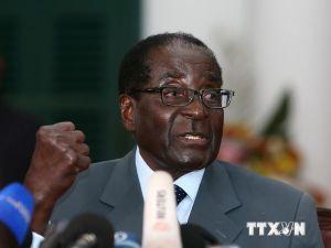 Mỹ dỡ bỏ lệnh trừng phạt các ngân hàng Zimbabwe