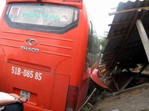 Xe khách Phương Trang làm 2 người chết ngày đầu năm