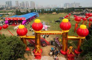 Đám cưới làng quê Trung Quốc qua ảnh