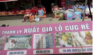 """Nghiện mua sắm, phụ nữ Việt đã bị """"móc túi"""" ra sao?"""