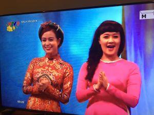 Hoàng Thùy Linh hạnh phúc khi hát trên sóng VTV trong ngày mùng 1 Tết