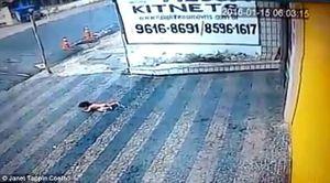 Những vụ tai nạn, bạo hành được phát hiện nhờ camera quan sát