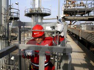 Giá dầu phục hồi sau đợt nghỉ Tết Nguyên Đán dài ngày