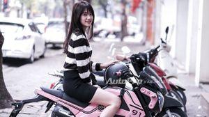 Nữ sinh Hà thành cưỡi Honda MSX125 màu hồng đi chơi Tết