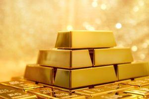 Giá vàng hôm nay (10/2): Giá vàng tiếp tục 'phi mã'