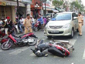 Kết thúc mồng 2 tết, 64 người chết do tai nạn giao thông