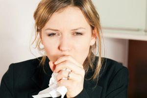 Trị đau họng dứt điểm bằng cách tự nhiên nhất