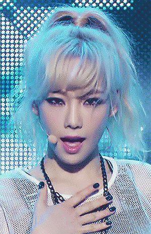 Những thần tượng Kpop vừa đẹp, vừa hát hay nhảy giỏi