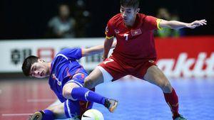 ĐT futsal Việt Nam giành 3 điểm nghẹt thở trong ngày ra quân