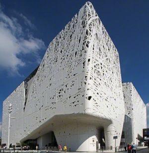 Đây là tòa nhà có khả năng tự làm sạch không khí