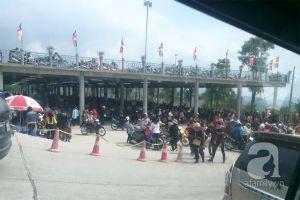 Mùng 5 Tết, hàng nghìn người ùn ùn đổ về Yên Tử hành hương