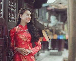 Thiếu nữ Nam Định rạng rỡ khoe sắc xuân thì