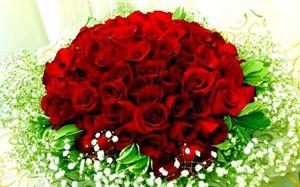 Ngày Valentine nên mua quà gì tặng bạn gái?