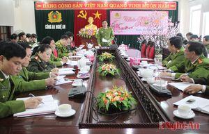 Nghệ An bắt 70 vụ, 77 đối tượng mua bán, tàng trữ, sử dụng pháo nổ trong dịp Tết