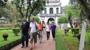 Khách du lịch đến Hà Nội tăng 17% trong dịp Tết