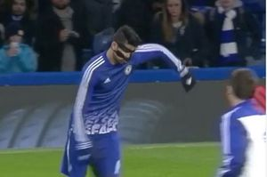 Trực tiếpChelsea vs Newcastle: Costa đeo mặt nạ ra sân