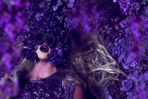 Nhiếp ảnh gia cất giữ mỹ nhân trong khu vườn bí mật