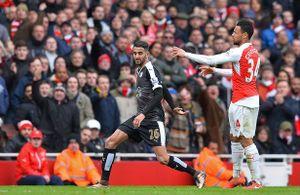 Arsenal 2-1 Leicester City: Tội đồ và người hùng