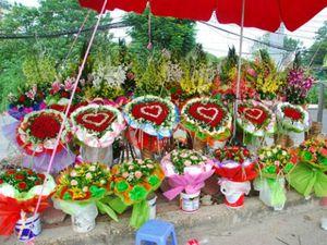"""Lễ tình nhân 2016: Hoa hồng Valentine tăng giá """"sốc"""" vì khan hiểm"""