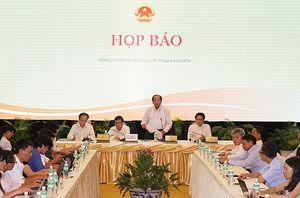 Họp báo sau Hội nghị giữa Chính phủ với doanh nghiệp