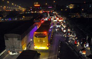 Cửa ngõ thành phố ùn tắc từ chiều đến tối