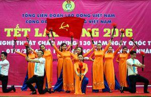 Chùm ảnh Khai mạc chương trình nghệ thuật Tết Lao Động