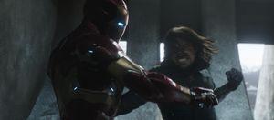 Thấy gì từ đoạn kết của 'Captain America: Civil War'?