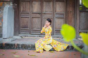 Hot girl Bắc Giang thướt tha trong tà áo dài truyền thống (3/5)